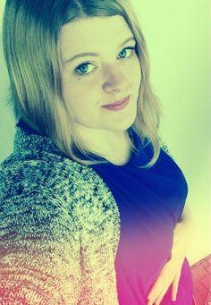 Ксения, 20, Москва, ищу: Девушку  от 18  до 25 http://loveplanet.ru/page/oks2244/affiliate_id-90971  Цель знакомства: Дружба и переписка