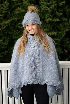 Ravelry: Frosty Waves Hefte/E-book pattern by Hilde Sørum Wave Design, Alpacas, Knitted Poncho, Kos, Mittens, Mantel, Snug, Ravelry, Winter Hats