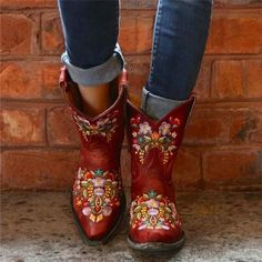 Slip-On Pointed Toe Floral Thread Boots – insboys Short Cowgirl Boots, Cowboy Boots, Cowgirl Hats, Low Heel Boots, Heeled Boots, Mid Calf Boots, Ankle Boots, Shoe Boots, Bohemian Shoes