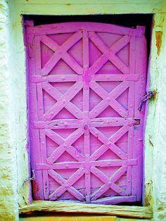 pink door in India Cool Doors, Unique Doors, Door Knockers, Door Knobs, Purple Door, When One Door Closes, Closed Doors, Doorway, Windows And Doors