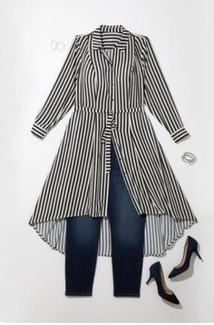 Sign up for Dia&Co Plus size subscription fashion box. November 2017 outfit inspiration. Beautiful curvy girl outfits sent right to your door. Dia&Co is a personal styling service for plus sized women sizes 14-32. $20 styling fee that goes to wards any pu