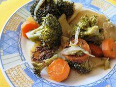 Zeleninu očistíme. Cibuli a česnek nakrájíme na slabé plátky, mrkev na kolečka, brambory také na plátky. Brokolici rozdělíme na jednotlivé... Pot Roast, Chicken, Ethnic Recipes, Food, Diet, Fine Dining, Carne Asada, Roast Beef, Essen
