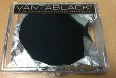 Este material é tão escuro que não pode ser visto pelos olhos humanos