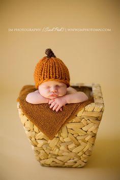 Sweet Lil Pumpkin Baby Hat - Newborn Photography Prop