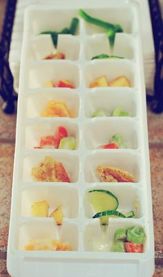One of the newest things that Noah and I have been doing for our morning snack is implementing Grazing Trays. In reading several artic. Toddler Meals, Toddler Food, Today Is A New Day, Whats For Lunch, Lunch Recipes, Baby Love, Kids Playing, Trays, Bbq Ideas