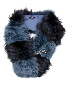Bi-colour fox-fur scarf  | Fendi | MATCHESFASHION.COM UK