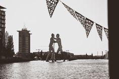 Standesamtliche Hochzeit im Ermeler Haus mit Saxophonmusik. Die Feier des Brautpaares fand auf einem gemütlichen Holzboot und grandioser Hochzeitstorte von süßeflora statt.  #berlinweddings #hochzeit #brautkleid #lebendigehochzeitsfotos #hochzeitsfotografberlin #hochzeitsfotografie #berlin #sommerhochzeit #hochzeitsinspiration #hochzeitsfotos #lebendigehochzeitsfotos #hochzeitsreportage #brautstyling #jawort #hochzeitsboot #hochzeitsfeieraufderspree #ermelerhaus #hochzeitstorte #süsseflora Building, Travel, Wooden Boats, Civil Wedding, Newlyweds, Wedding Cakes, Wedding Photography, Celebration, Bridle Dress