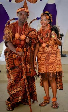 AfroFashionStyle: Blissful And Beautiful Traditional Wedding Pictures Across Afr. African Dresses For Women, African Print Fashion, African Attire, African Wear, African Fashion Dresses, Ghanaian Fashion, African Prints, African Women, Nigerian Traditional Wedding