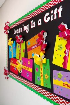 Reusable Paper Christmas Décor Learning is a Gift! Holiday bulletin board display idea for the classroom or Christmas party! Reusable Paper Christmas Décor Learning is a Gift! Holiday bulletin board display idea for the classroom or Christmas party! Cool Bulletin Boards, December Bulletin Boards, Bulletin Board Design, Christmas Bulletin Boards, Kindergarten Bulletin Boards, Christmas Bulliten Board Ideas, Diy Classroom Decorations, School Decorations, Classroom Themes