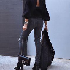 """889 """"Μου αρέσει!"""", 32 σχόλια - M A R G A R I T A (@ritamargari) στο Instagram: """"wearing jeans @saltandpepperjeans and sweater @4tailors 🖤"""""""