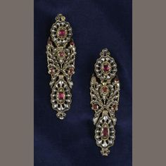A pair of late 18th century/early 19th century Portuguese long earpendants