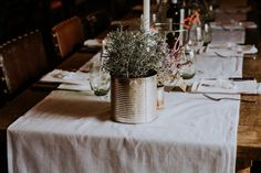 Simple rustic wedding decor // Oxi Photography // The Natural Wedding Company Wedding Photography Inspiration, Wedding Inspiration, Countryside Wedding, Wedding Company, Wedding Table Decorations, Rustic Outdoor, Indoor Wedding, Rustic Wedding, Tins