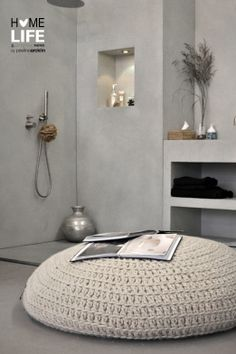 50 decorating ideas for bathroom sets - Sometimes we need more than a few inspiration ideas to really know what we are looking for to get style at home. Grey Bathrooms, Bathroom Sets, Beautiful Bathrooms, Cement Bathroom, Neutral Bathroom, Casa Loft, Beton Design, Tadelakt, Crochet Home