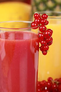 Cleansing Cranberry Smoothie. Water, fresh or frozen cranberries, apple, lemon, nutmeg, optional other berries.