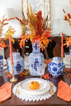 Set a gorgeous fall tablescape - tips and inspiration!
