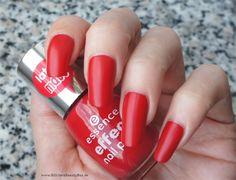 essence - styled for red carpet   Nagellack - nail polish - matt  essence - The Metals - rebel at heart  #essence #nailpolish #nagellack #manicure #bblogger