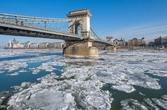 Ilyen volt a Duna jégzajlása fotósaink szemével – képgaléria | WeLoveBudapest.com Tower Bridge, Budapest, Ice, Travel, Viajes, Ice Cream, Traveling, Tourism, Outdoor Travel