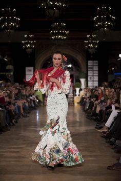 d97d556b00 Las 9 mejores imágenes de Flamenco  Moda flamenca - trajes ...