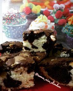 Nutellalı mozaik kek 🥧 lezzeti bir harika 👍 kızlar tarifini mutlaka kaydedin 🤗😉 MALZEMELER Ev yapimi nefis nutellali kek  Nutellali iki… Pasta, Desserts, Food, Tailgate Desserts, Deserts, Essen, Postres, Meals, Dessert