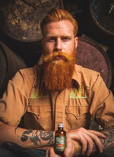 Look at that ginger beard! Hot Ginger Men, Ginger Beard, Ginger Snap, Red Beard, Beard Look, Great Beards, Awesome Beards, Beard Styles For Men, Hair And Beard Styles