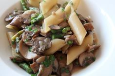 penne with mushrooms and asparagus