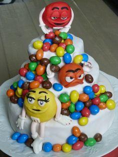 Gâteau bonbon en pate a sucre