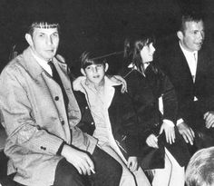 Leonard Nimoy with his children and William Shatner