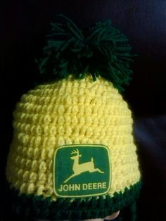 for a child This is a Nice John Deere hat