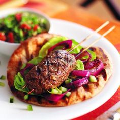 Kofta beef kebabs - omit the bread Chatelaine Recipes, Beef Kabobs, Marinate Meat, My Best Recipe, Original Recipe, Recipe Collection, Beef Recipes, Yummy Recipes, Good Food