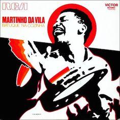 Ce qui est remarquable au niveau des premières productions musicales de Martinho Da Vila en ce début de carrière est le haut niveau de composition qu'il propose, le tout en rondeur et en toute modestie. Batuque Na Cozinha (1972) est son quatrième album...
