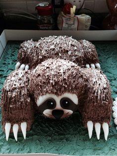 Amazing sloth birthday cake for my Birthday Cupcakes, Birthday Party Themes, Birthday Ideas, Fancy Cakes, Cute Cakes, Double Birthday Parties, 8th Birthday, Sloth Cakes, Snake Party