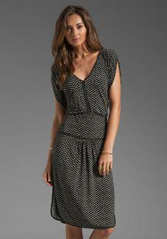 tracy reese JERSEY PRINT HIGH SLIT DOLMAN DRESS