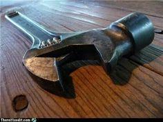 Crescent hammer