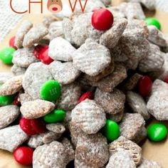 Reindeer Chow - This Silly Girl's Kitchen Chocolate Snacks, Chocolate Peanut Butter, Christmas Snacks, Holiday Treats, Box Cake Recipes, Snack Recipes, Christmas Muddy Buddies Recipe, Chow Chow, Favorite Holiday