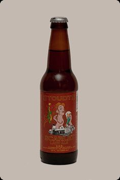 Cerveja Stoudt's Scarlet Lady Ale, estilo Extra Special Bitter/English Pale Ale, produzida por Stoudts Brewing Co., Estados Unidos. 5% ABV de álcool.