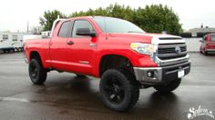 "We lifted this 2014 Toyota Tundra with a BDS Suspension 7"" lift. Then installed the 35x12.50 Nitto Trail Grapplers mounted on 20x9 KMC XD811 Rockstar 2 wheels. www.salemoffroadcenter.com"