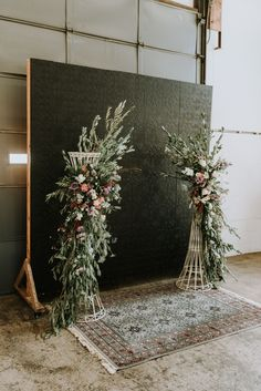 Whether you're eloping in nature or having an indoor wedding, rugs are a stylish way to add ceremony decorations.  Plus, they're easy to move and will add a touch of boho style to your wedding. #bohowedding #bohemiandecor