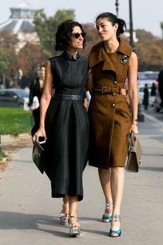 【ELLE】パリのドレス事情はモードシックorジオメトリック|エル・オンライン
