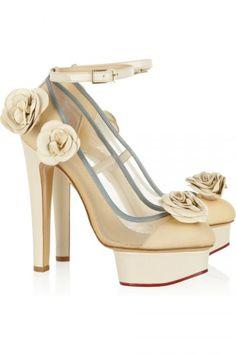 Zapatos de novia. Modelo de Charlotte Olympia.