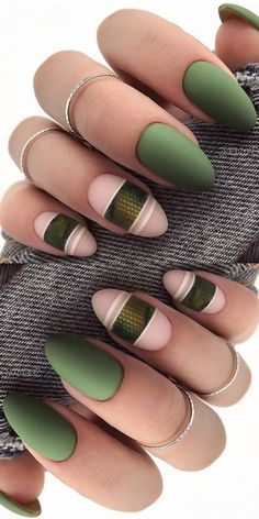 25 Trendy Ideas Of Homecoming Nails To Finish A Lovely Look - Spring - Round Shaped Nails, Round Nails, Oval Nails, Fingernail Designs, Diy Nail Designs, Acrylic Nail Designs, Cute Acrylic Nails, Cute Nails, Pretty Nails