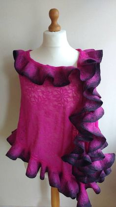 Check out this item in my Etsy shop https://www.etsy.com/uk/listing/229859875/felt-lace-pink-shawl-pink-elegant