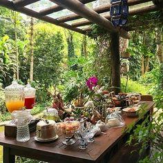 @Regrann from @recebercomcharme -  Bom dia! A semana começa com a mesa generosa em bom gosto carinho e delicias da Patty da @e_tables.  #olioliteam #olioli_lifestyle #etables #recebercomcharme #cafedamanha #breakfast  http://ift.tt/1Twjmve  manu_touma #Regrann #decor #design #lifestyle #livinginstyle #inspiration #decorinspiration #interiors #interiordesign #instadaily #instadecor #instadesign #homeliving #homedesign #homedecor #homestyling #instagram #photooftheday by ds.dreams.foodcravings…