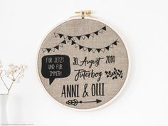 Personalisiertes Bild im Stickrahmen: Geschenkidee für die Hochzeit, Erinnerung / customisable picture for your wedding: embroidery frame made by _ani_ via DaWanda.com
