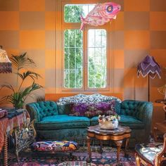 Vibrant authored bohemian home decor Go Here, - Eclectic Home Decor Bohemian Interior, Bohemian Decor, Bohemian Style, Vintage Bohemian, Interior Exterior, Interior Design, Trendy Home Decor, Vintage Sofa, Eclectic Decor