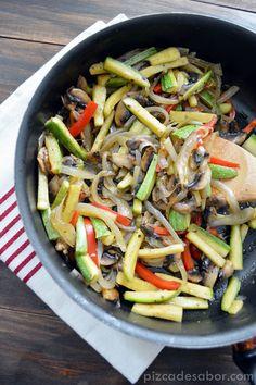 Vegetales salteados para acompañar tus platillos www.pizcadesabor.com