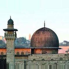 Mescidi Aksa'nin kubbesi sarı değildir değildir değildir... Mescid-i Aksa, #Kudüs) #AlAqsa #Mosque