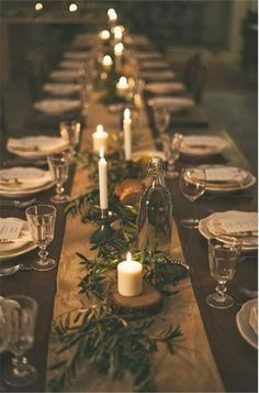 www.viajeslunamiel.com ♥ | #Ideas #Viajes #LunaMiel #Love #Amor #Boda #Wedding #NosCasamos #CelebraElAmor #Juntos #Novios #decor Burlap Rustic Wedding Table Runner