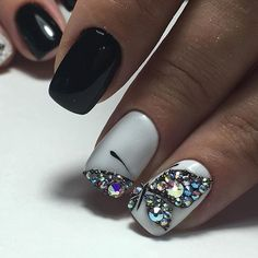 Autumn nails, Black and white nail art, Contrast nails, Evening nails, Evening nails by shellac, Two color nails, Two-color short nails