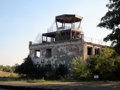 Abandoned Flight Control Tower.  http://publicdomainpictures.net  FREE PUBLIC DOMAIN PHOTO'S TO USE AS YOU LIKE.