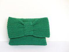 Clutch verde de ganchillo con lazo por SILAYAYA en Etsy, €55.00